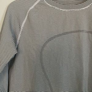 Lululemon size 10 Swiftly tech long sleeve